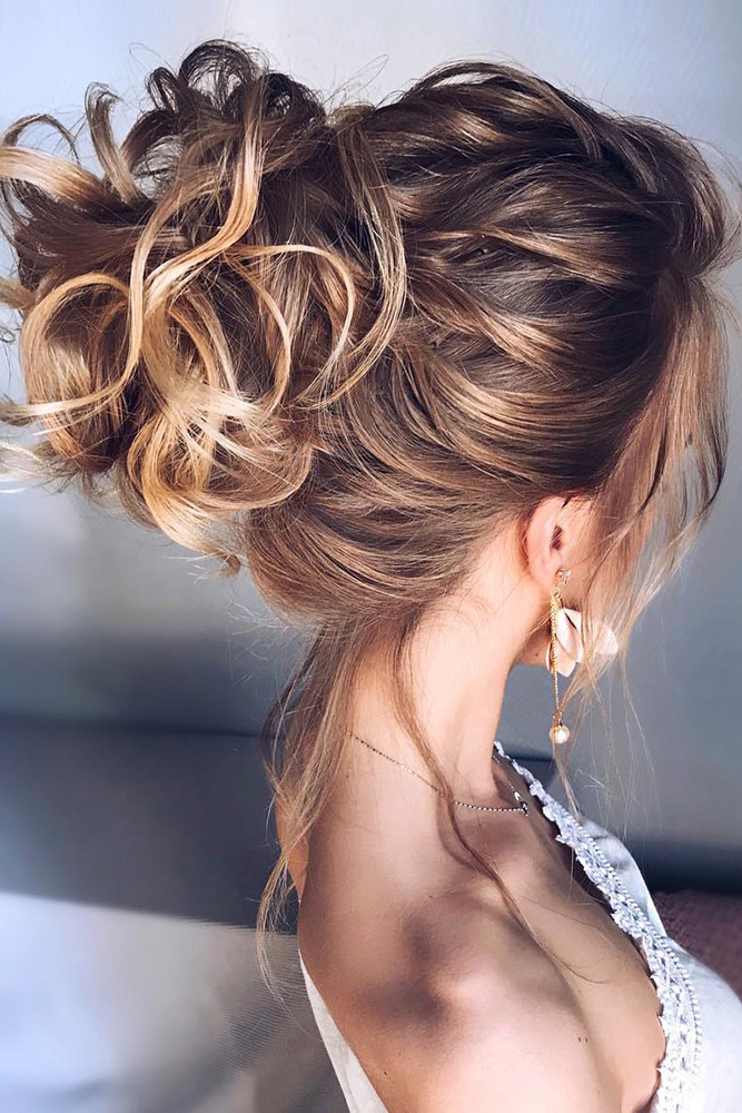50 Awesome Curly Wedding Hairstyles 2019 | Long Wedding Hair