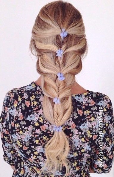 Fishtail For Mermaid Braid